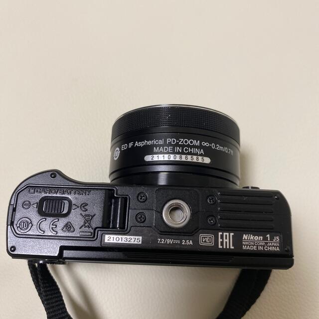 Nikon(ニコン)のNikon 1 J5 ミラーレス一眼 ダブルレンズキット スマホ/家電/カメラのカメラ(ミラーレス一眼)の商品写真