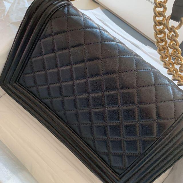 CHANEL(シャネル)のCHANEL   ボーイシャネル ブラック レディースのバッグ(ショルダーバッグ)の商品写真