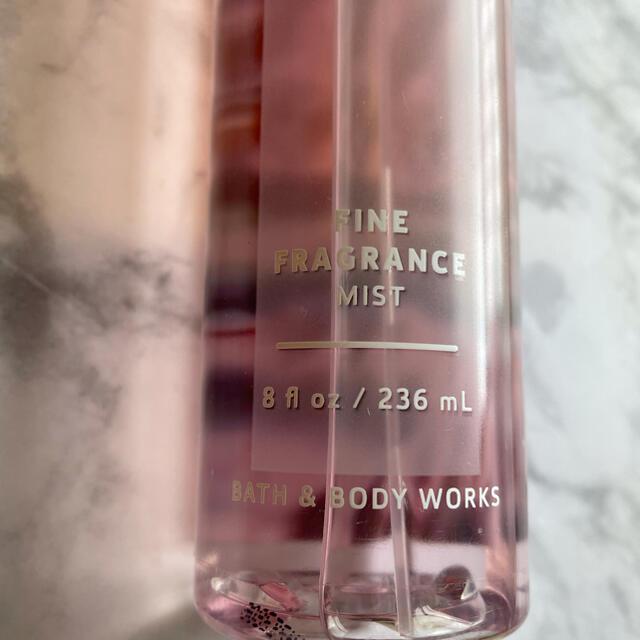 Bath & Body Works(バスアンドボディーワークス)の【Bath & Body Works】PINK COCONUT CALYPSO コスメ/美容の香水(香水(女性用))の商品写真