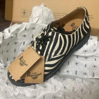 Supreme - SUPREME × DR. MARTENS Zebra US7