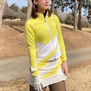 DESCENTE - デサントゴルフ セットアップ 2点セット 長袖ポロシャツ スカート イエロー