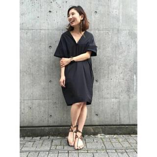 DEUXIEME CLASSE - 【ドゥーズィエムクラスミューズ】ネックカットデザインシャツワンピース