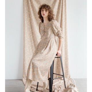 クチュールブローチ(Couture Brooch)のパワショル花柄ワンピ(ロングワンピース/マキシワンピース)