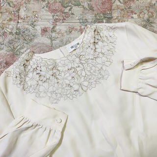 flower - vintage blouse 💐