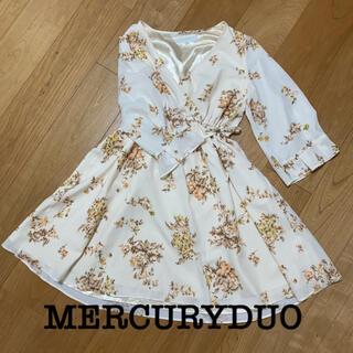 MERCURYDUO - マーキュリーデュオ 花柄ワンピース