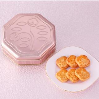 資生堂パーラー 花椿ビスケット24枚入 限定缶ピンクゴールド ギフト包装(菓子/デザート)