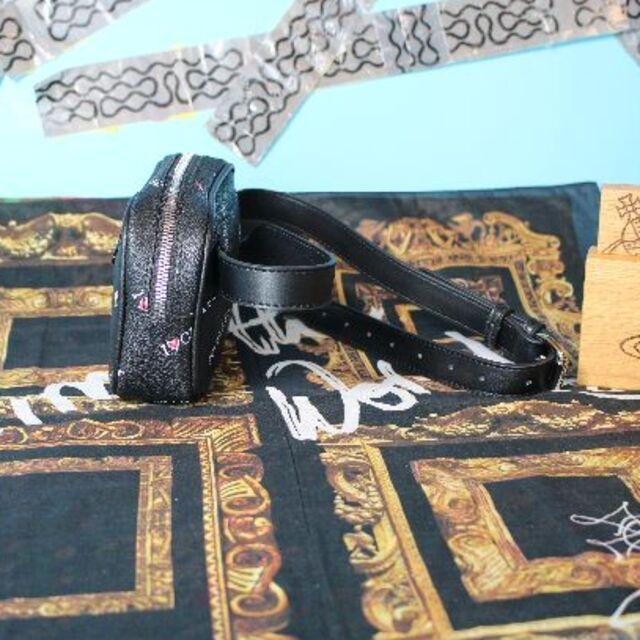 Vivienne Westwood(ヴィヴィアンウエストウッド)の新品 ヴィヴィアン   ANNIE BELT BAG BLACK レディースのバッグ(ボディバッグ/ウエストポーチ)の商品写真
