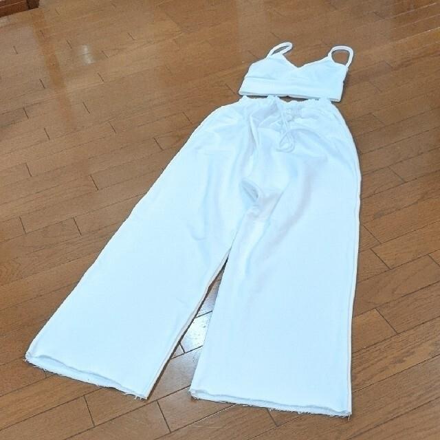 3点set❤︎ジップアップ/ブラトップス/パンツ 未使用︎❤︎︎  レディースのルームウェア/パジャマ(ルームウェア)の商品写真
