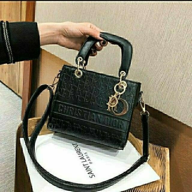 お客様専用注文ページ♡ インポート ブランド 見本です(*ˊ˘ˋ*)。♪:*♡ レディースのバッグ(ショルダーバッグ)の商品写真