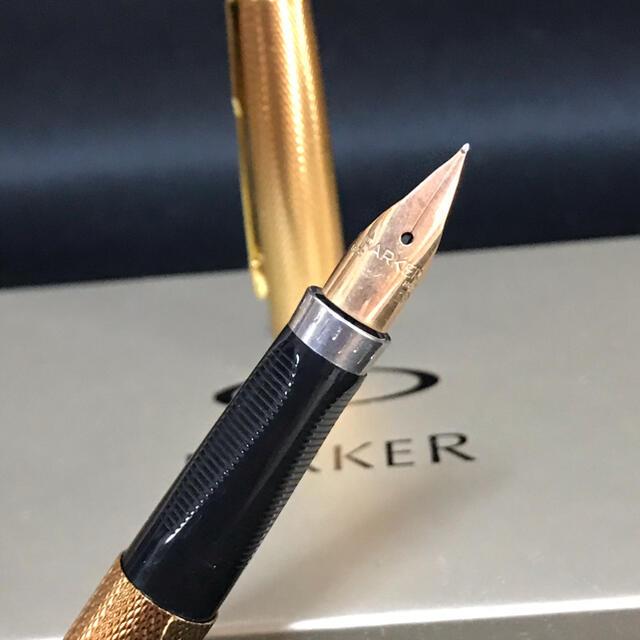 Parker(パーカー)のPARKER パーカー 万年筆 ボールペン ゴールド 金 インテリア/住まい/日用品の文房具(ペン/マーカー)の商品写真