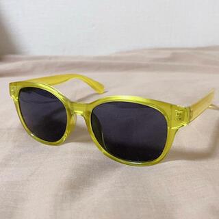 ジーユー(GU)の黄色 サングラス(サングラス/メガネ)