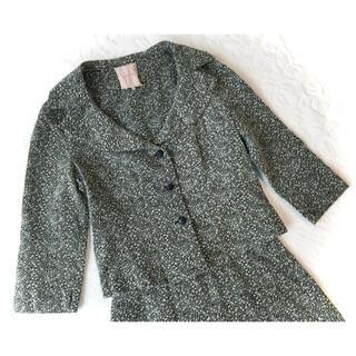 シビラ(Sybilla)の新品同様シビラ黒ブラック×白花柄総刺繍ボタニカル綿七分袖ジャケットMスーツ(テーラードジャケット)