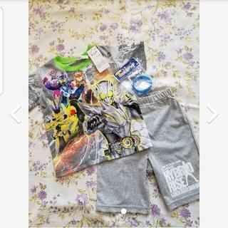 BANDAI - 新品 仮面ライダーゼロワン 光るパジャマ 100cm 半袖 勇気リング 男の子