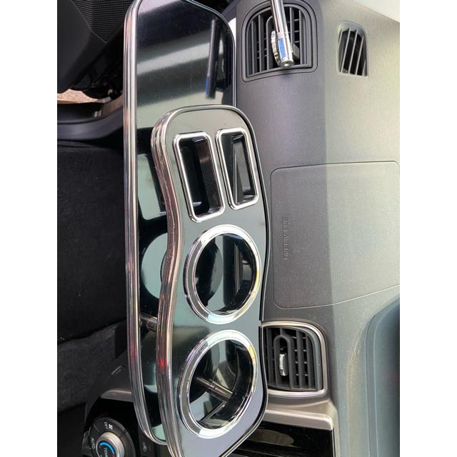 ダイハツ(ダイハツ)のフロントテーブル タント 自動車/バイクの自動車(車内アクセサリ)の商品写真