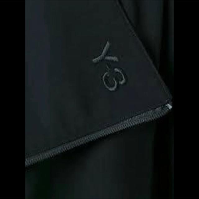 Y-3(ワイスリー)の[新品] タグ付 Y-3 ヨウジヤマモト 20aw ライト ロング メンズのジャケット/アウター(その他)の商品写真