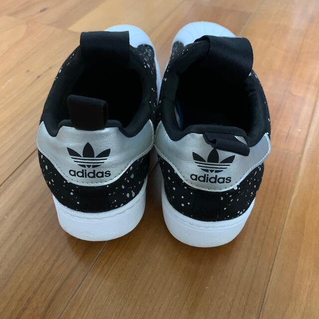 adidas(アディダス)のえりななん様専用♡ キッズ/ベビー/マタニティのキッズ靴/シューズ(15cm~)(スニーカー)の商品写真