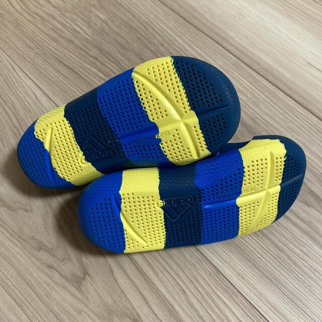 adidas(アディダス)のアディダス キッズ サンダル  キッズ/ベビー/マタニティのベビー靴/シューズ(~14cm)(サンダル)の商品写真