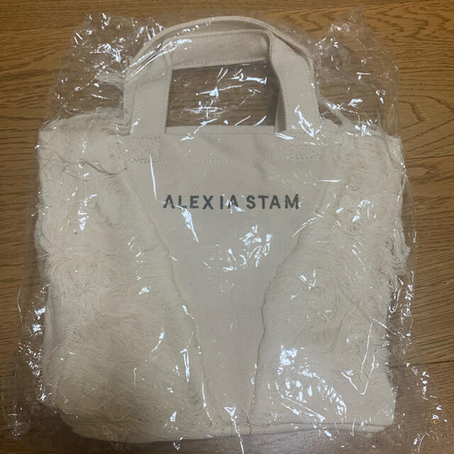 ALEXIA STAM(アリシアスタン)のALEXIASTAM 非売品フリンジトートバッグ 新品未使用 入手困難 レディースのバッグ(トートバッグ)の商品写真