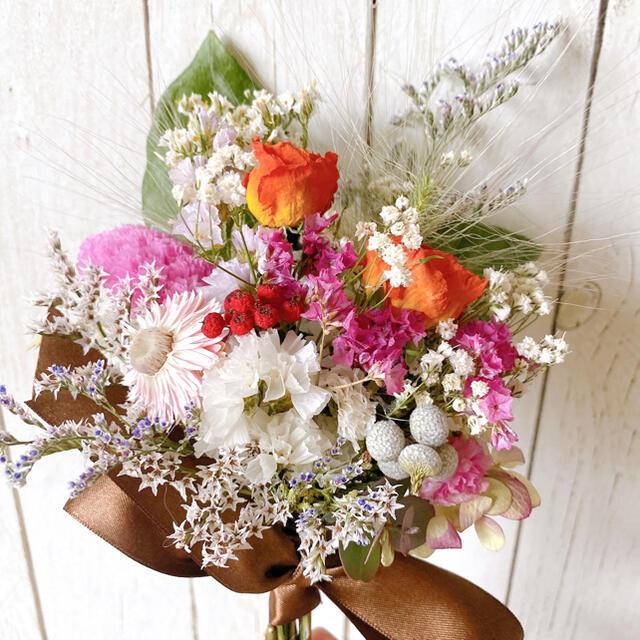 ドライフラワー アプリコットカラー 薔薇  White&pink  スワッグ ハンドメイドのフラワー/ガーデン(ドライフラワー)の商品写真