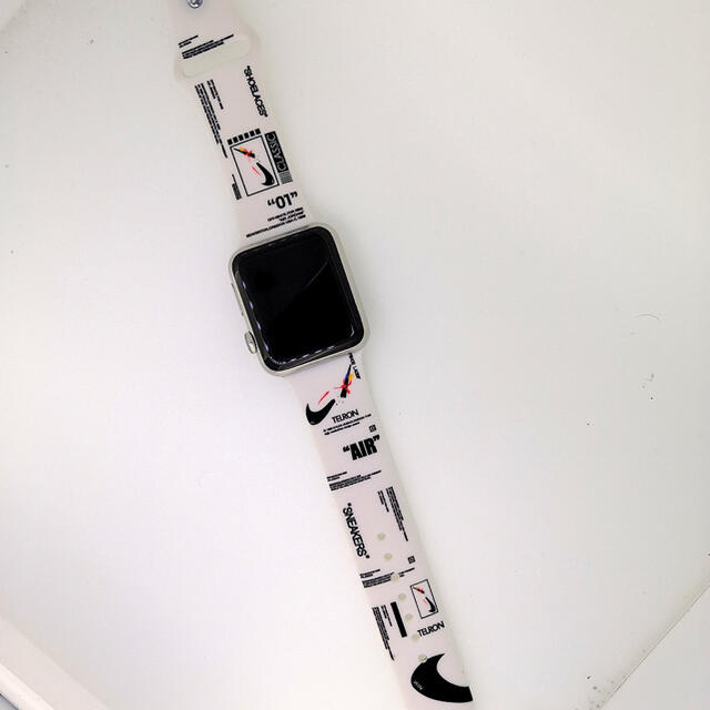 Apple Watch専用 スポーツバンド ラバーバンド メンズの時計(ラバーベルト)の商品写真