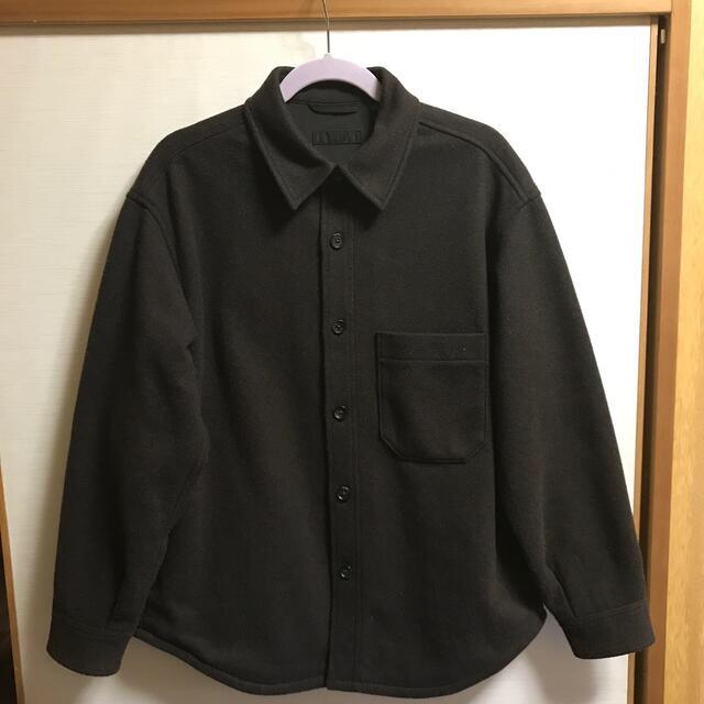 UNIQLO(ユニクロ)の新品未使用 ユニクロ オーバーシャツジャケット ダークブラウン Lサイズ メンズのジャケット/アウター(ブルゾン)の商品写真