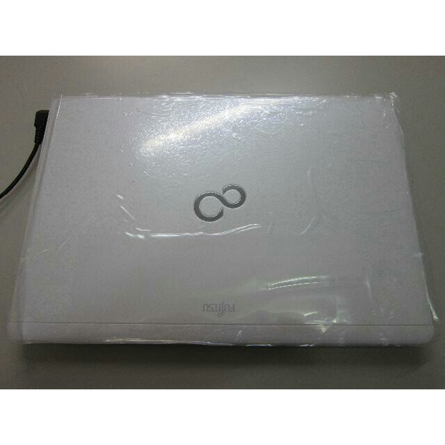 富士通(フジツウ)のモバイルPC Core i3 新品SSD Win10 最新マイクロソフトオフィス スマホ/家電/カメラのPC/タブレット(ノートPC)の商品写真
