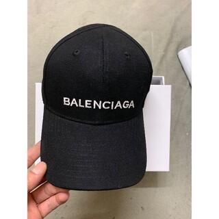 BALENCIAGAロゴ キャップ 黒 帽子