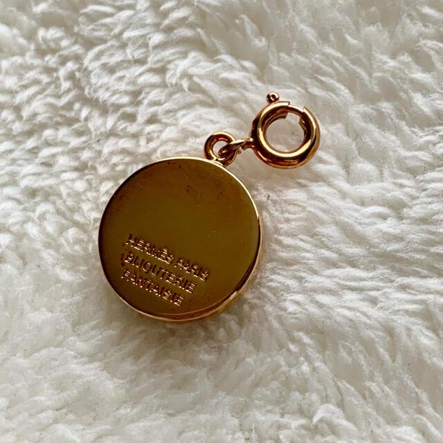 Hermes(エルメス)のHERMES エルメス  コロゾ ペンダントベッド ゴールド ヴィンテージ レディースのアクセサリー(チャーム)の商品写真
