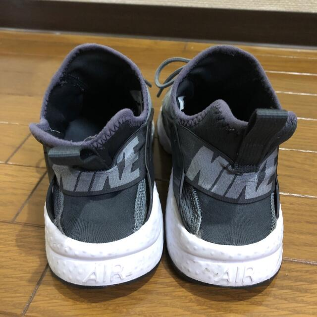 NIKE(ナイキ)のsuper5様専用!ナイキ NIKE エアハラチ 23~24 軽量 レディースの靴/シューズ(スニーカー)の商品写真