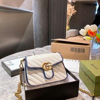 Gucci - 大人気の限定販売【早者勝美品】ショッピングバッグ