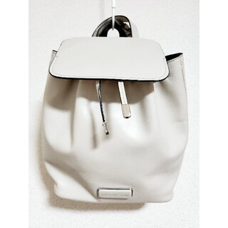 MARC BY MARC JACOBS - 【美品】MARC BY MARC JACOBS リュック アイボリー