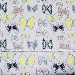 【刺繍-01★】刺繍 コットンリネン 生地 白 蝶   蝶々 蝶柄 大人 ハギレ