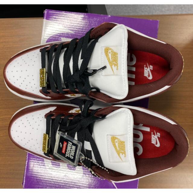 Supreme(シュプリーム)のken様専用 Nike SB Dunk Low Supreme  メンズの靴/シューズ(スニーカー)の商品写真