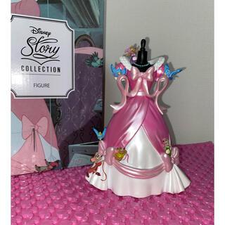 Disney - シンデレラ ピンクドレス フィギュア