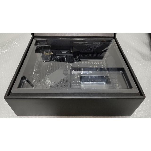 ASUS(エイスース)の美品 ASUS ROG CROSSHAIR VIII DARK HERO スマホ/家電/カメラのPC/タブレット(PCパーツ)の商品写真