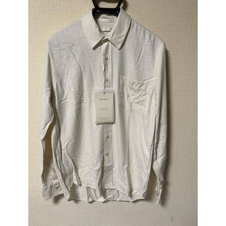 アクネ(ACNE)のOUR LEGACY シルクシャツ オフホワイト ダメージ加工(シャツ)