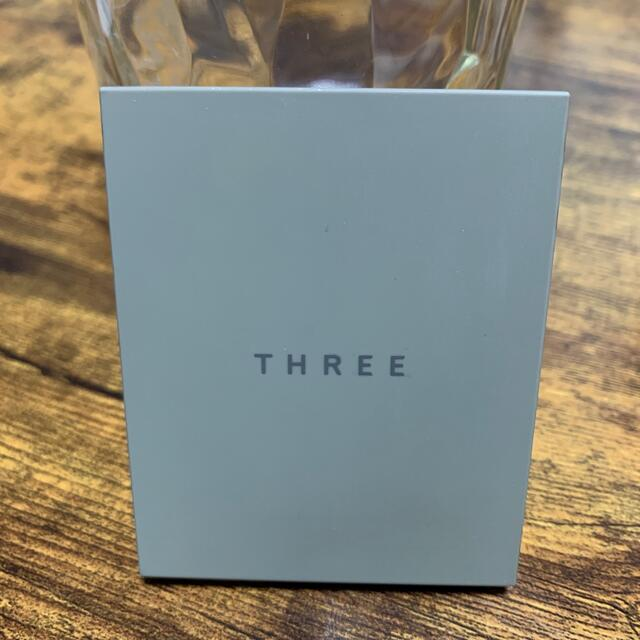 THREE(スリー)のthree シマリンググローデュオ01 コスメ/美容のベースメイク/化粧品(アイシャドウ)の商品写真