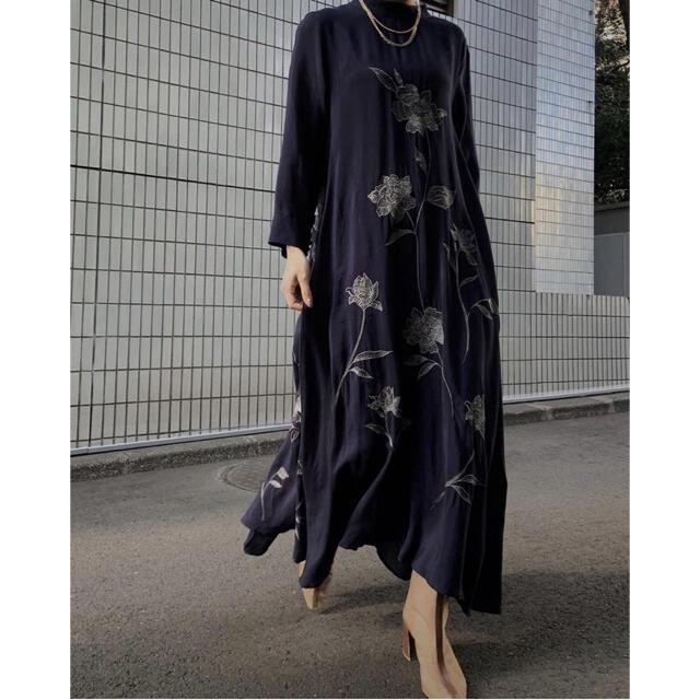 Ameri VINTAGE(アメリヴィンテージ)の2WAY FLOWER GARDE DRESS レディースのワンピース(ロングワンピース/マキシワンピース)の商品写真