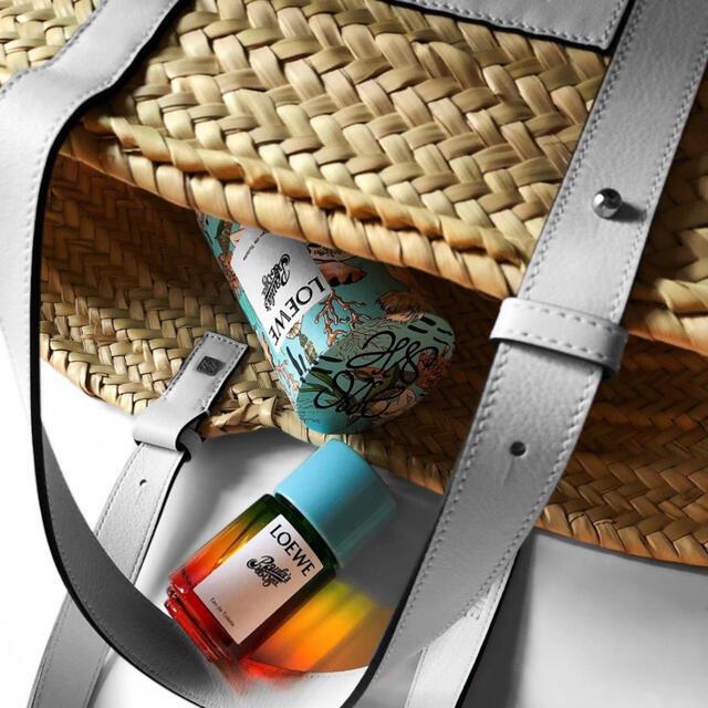 LOEWE(ロエベ)のLOEWE ロエベ  パウラズイビザ ロエベ 夏 香水 コスメ/美容の香水(ユニセックス)の商品写真