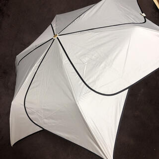 STRAWBERRY-FIELDS - ストロベリーフィールズ🍓折りたたみ晴雨兼用傘