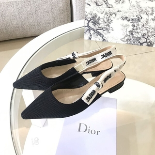 Dior - 大人気超美品Dior ディオール  パンプス