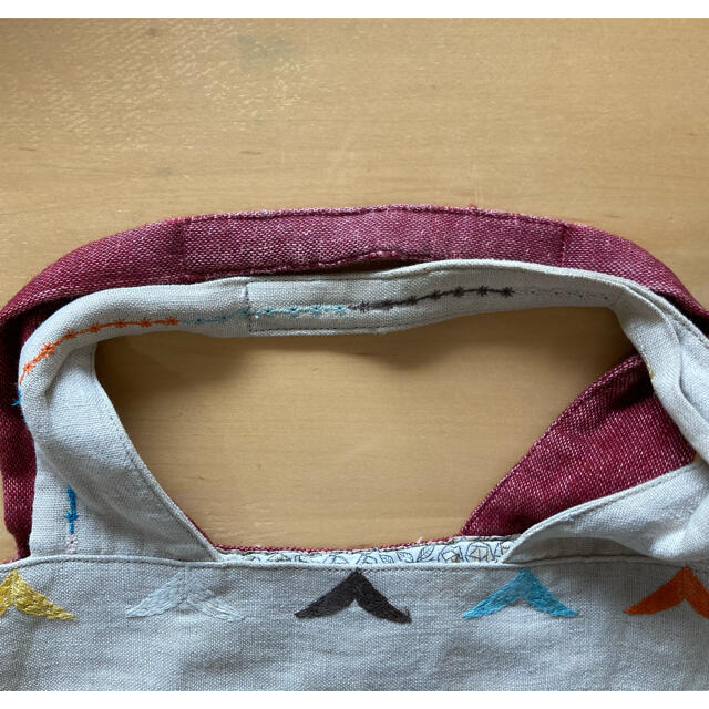 mina perhonen(ミナペルホネン)のミナペルホネン パニーニバッグ tambourine×bird bird柄 レディースのバッグ(トートバッグ)の商品写真