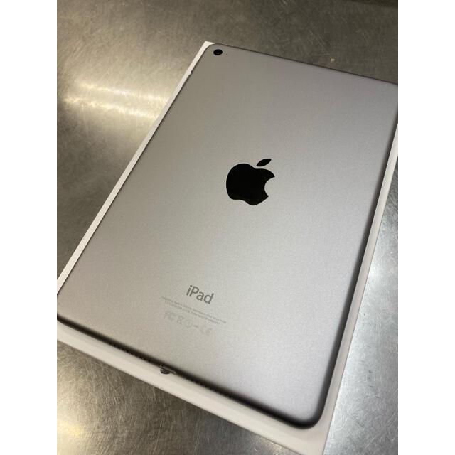 iPad(アイパッド)のアップル iPad mini 4 WiFiモデル 128GB ブラック スマホ/家電/カメラのPC/タブレット(タブレット)の商品写真