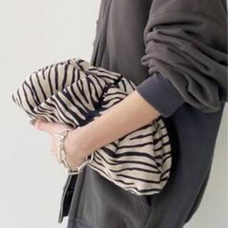 L'Appartement DEUXIEME CLASSE - GIUSEPPE ZANOTTI/ジュゼッペザノッティ  Clutch Bag