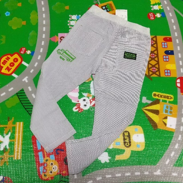 kladskap(クレードスコープ)の新品 クレードスコープ 乗り物 ストライプ パンツ  110 キッズ/ベビー/マタニティのキッズ服男の子用(90cm~)(パンツ/スパッツ)の商品写真