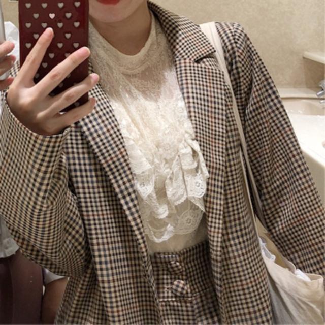 Lily Brown(リリーブラウン)のTreat ürself ❤︎ antique lace tops レディースのトップス(シャツ/ブラウス(半袖/袖なし))の商品写真