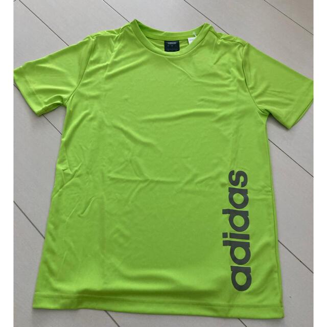 adidas(アディダス)のadidas Tシャツ 160 キッズ/ベビー/マタニティのキッズ服男の子用(90cm~)(Tシャツ/カットソー)の商品写真