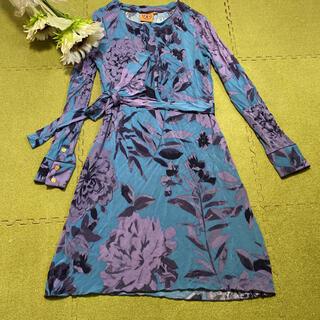Tory Burch - 16日!限定値下げ!美品!トリーバーチ☆ブルーと紫色の素敵な花柄ワンピース