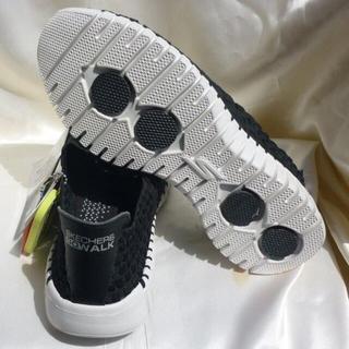 スケッチャーズ(SKECHERS)の新品23cm★スケッチャーズGOwalk/ゴーウォーク 軽量黒白スリッポン(スニーカー)