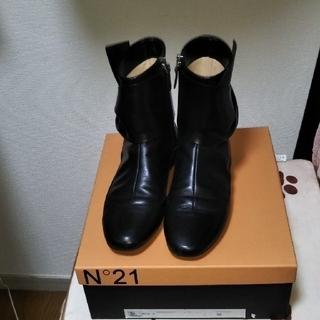 N°21 - ショートブーツ N゜21